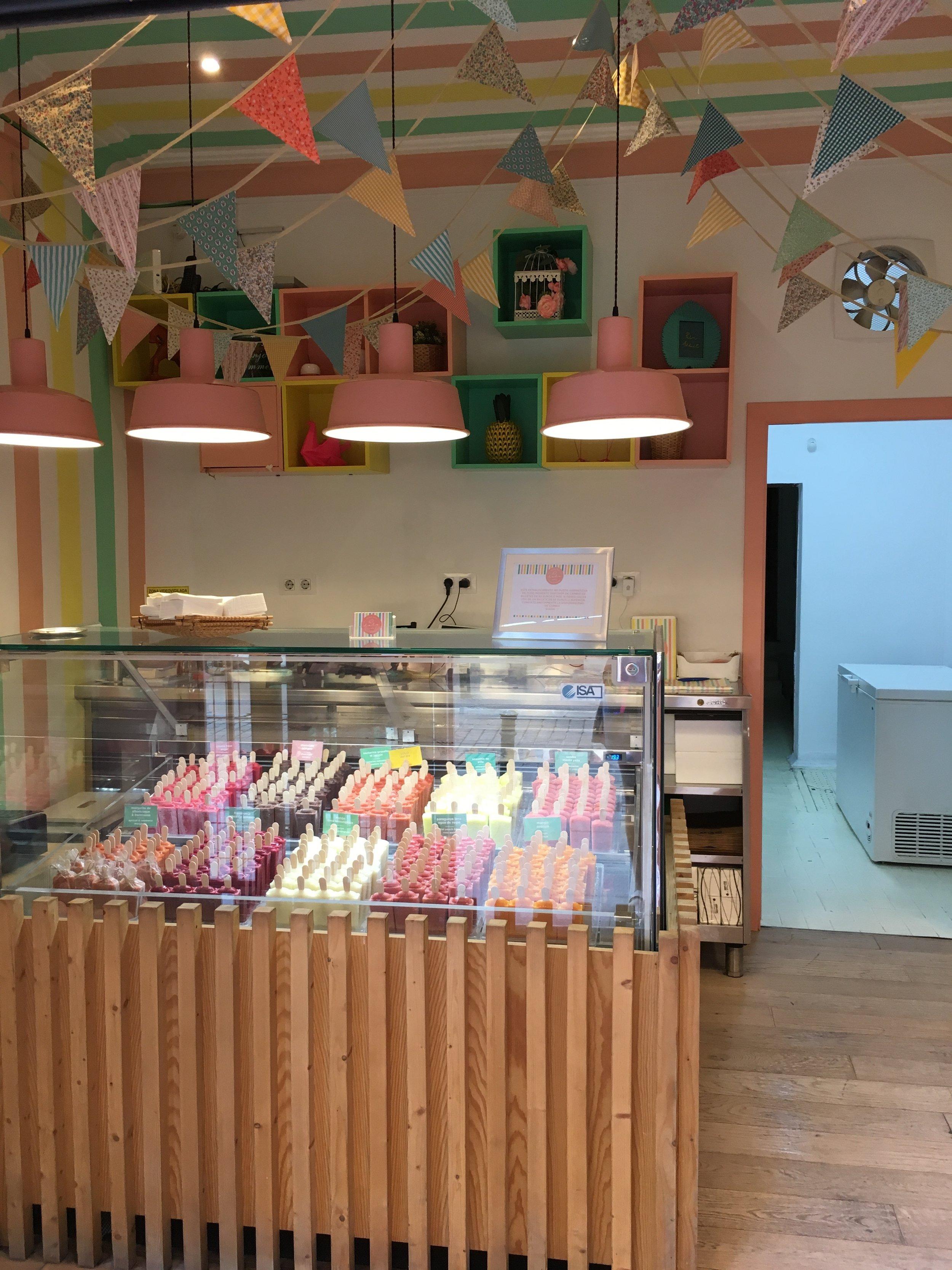 Lolo Polos Artesanos - Calle Espiritu Santo, 16 - an amazing ice lolly shop