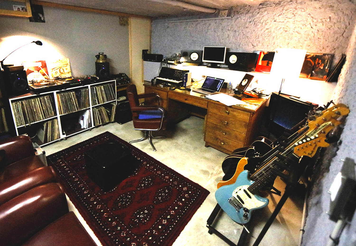 RED HOUSE_Bass studio 3.jpg