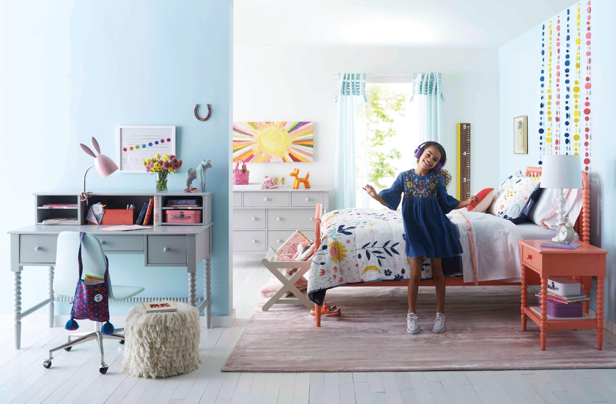 Crate-&-Kids-pink-bed.jpg
