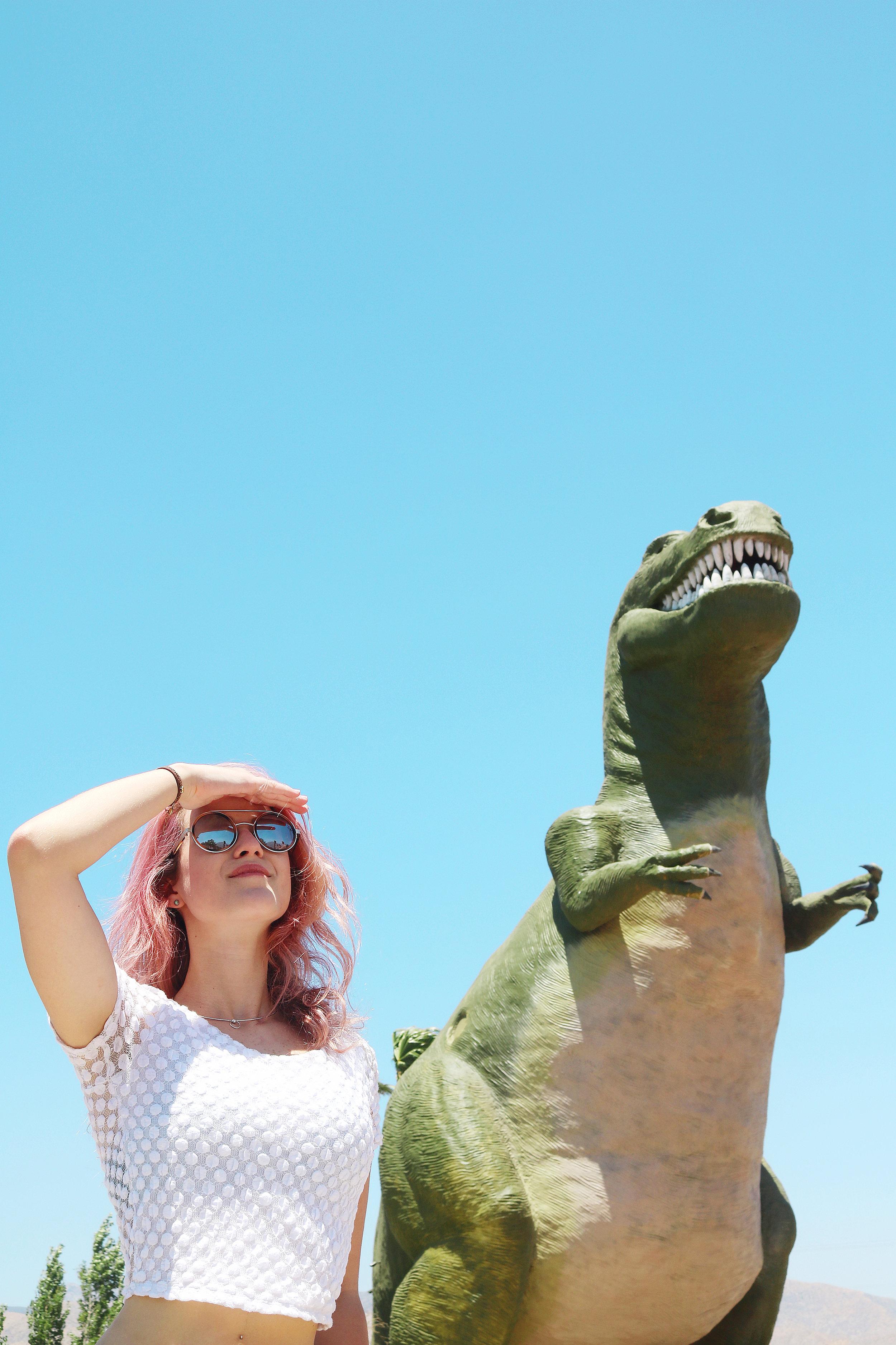 cabazon-dinosaur-jade-meneguel.jpg