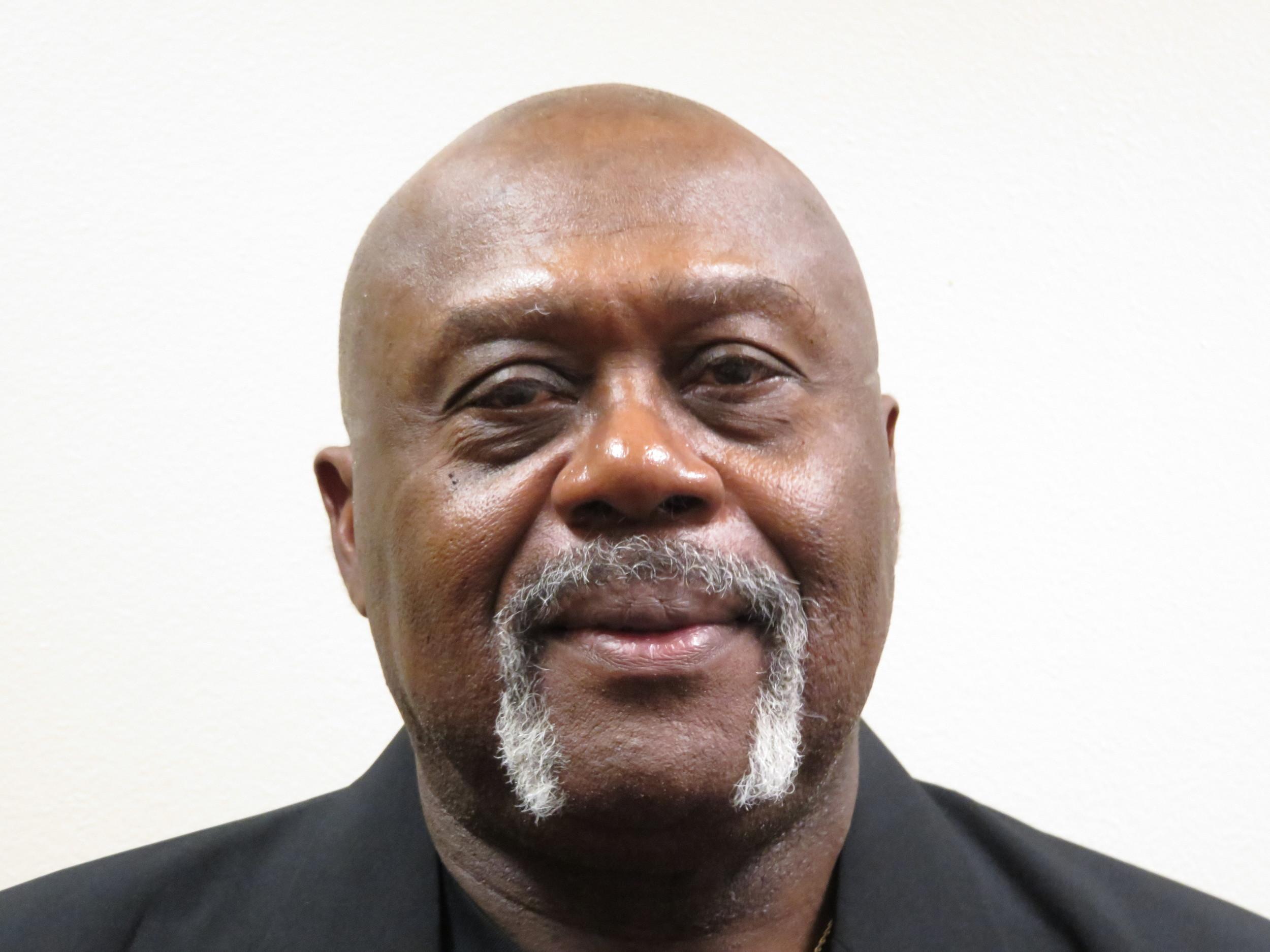 Umpire - Darryl Vondell Brown, Sr