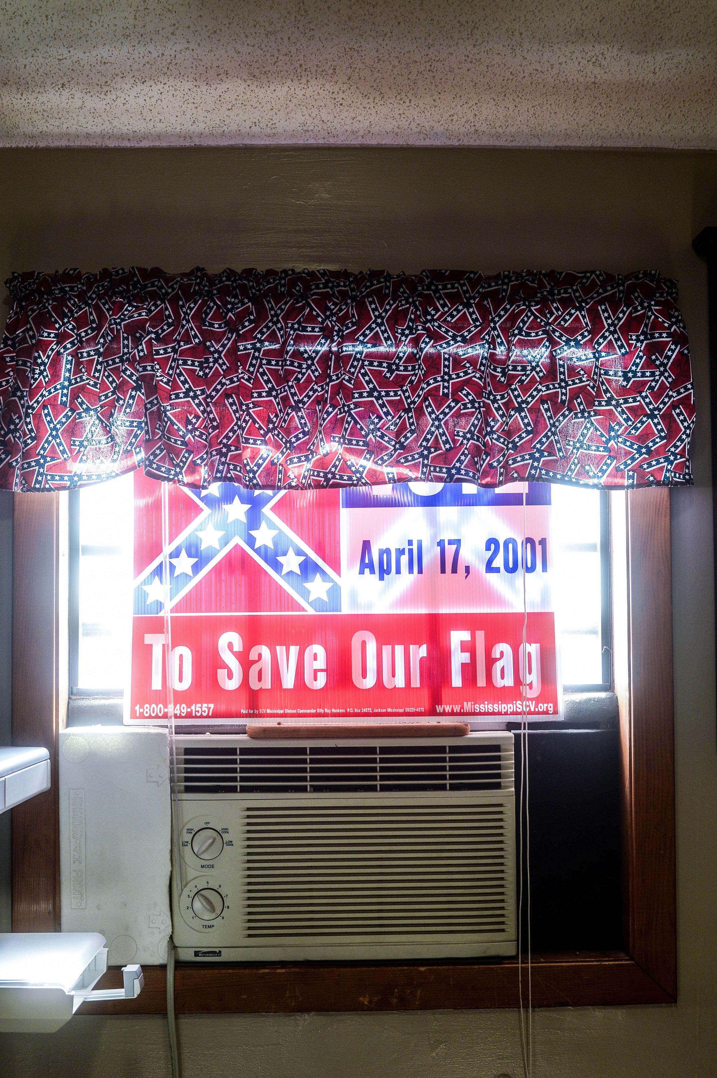 ConfederateFlag_806.jpg