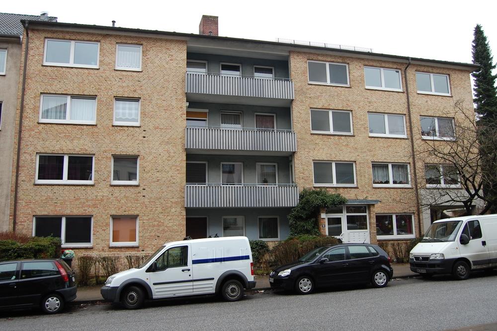 Gazertstraße,+Harburg,+12+WE,+BJ+1972.JPG
