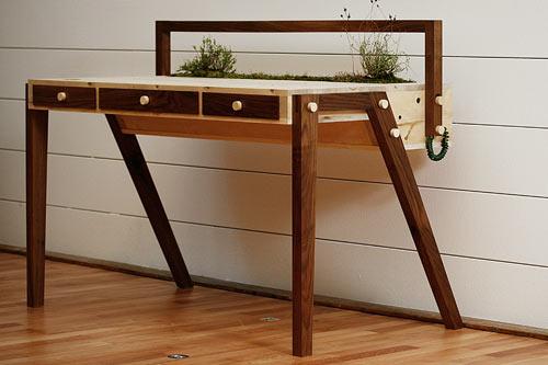 senescent-desk-2.jpg