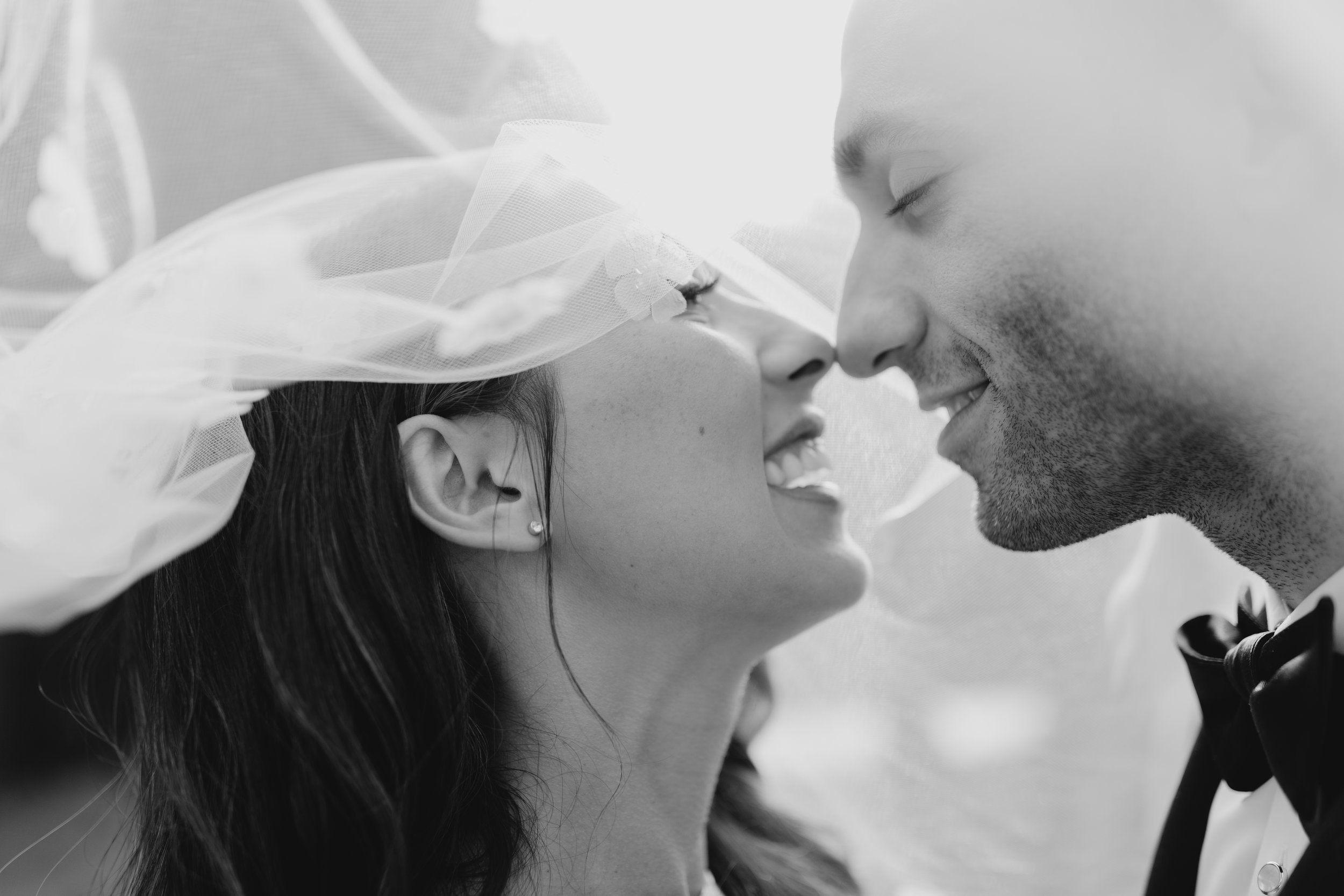 blck and white veil bridal photo.jpg