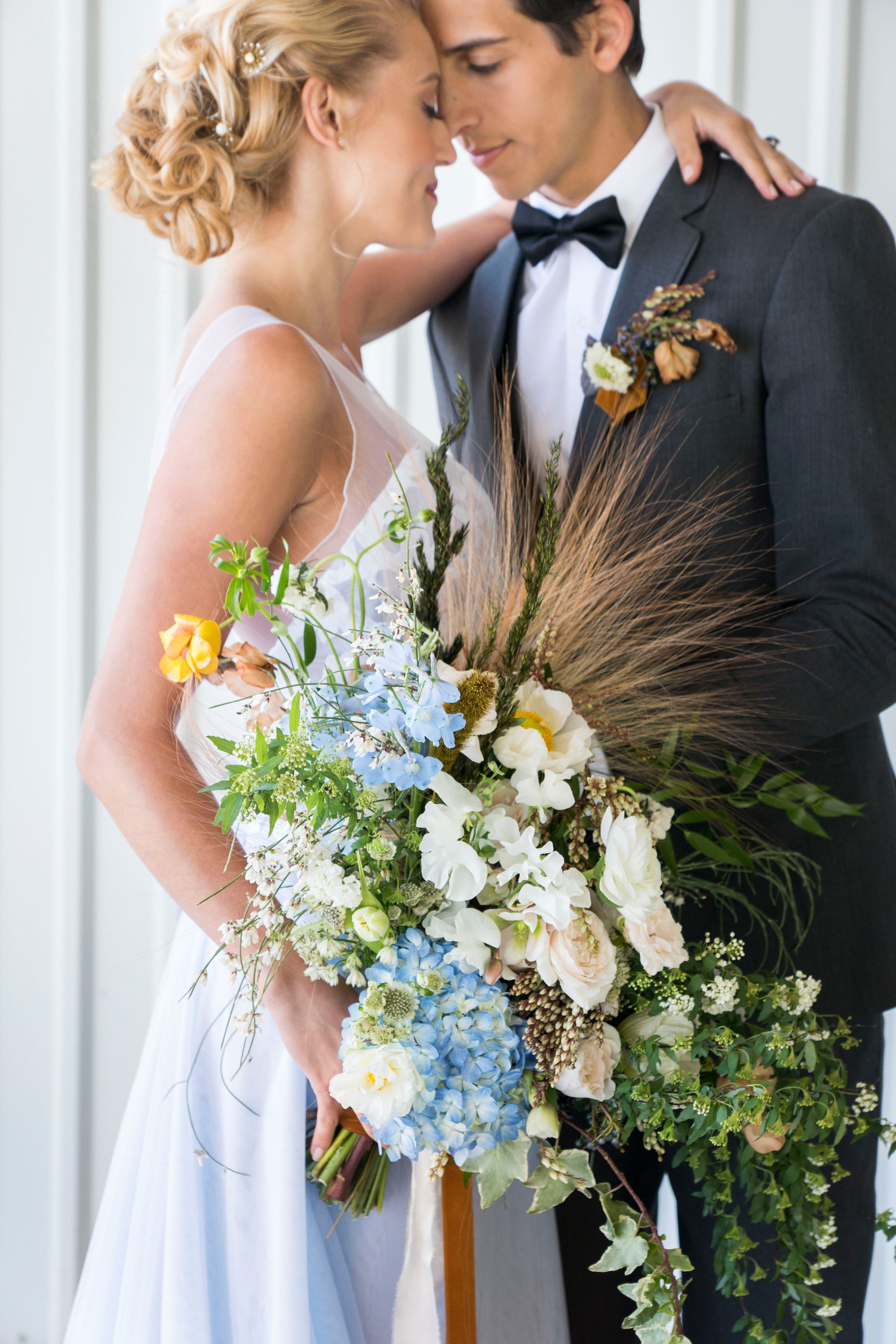 modern blue bouquet.jpg