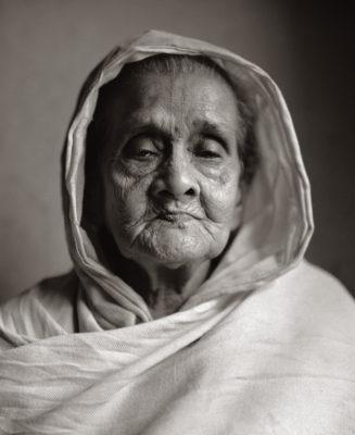 Moksha-Abala-Dasi-Poor-woman-327x400.jpg