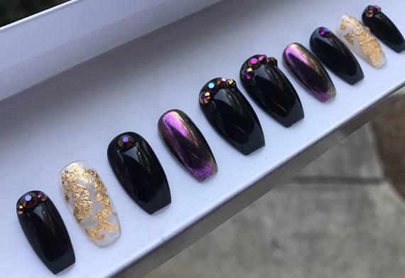Etsy    Press On Nails;  $15+