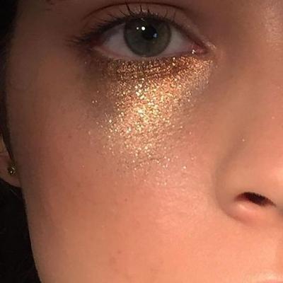 http://www.meetpepperb.com/blog/2017/6/5/5-make-up-trends-that-belong-on-your-radar-this-summer-by-pepperb