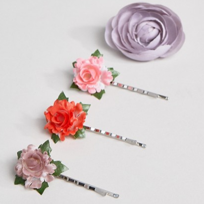 ASOS   Pack of 4 Mixed Floral Hair Clips