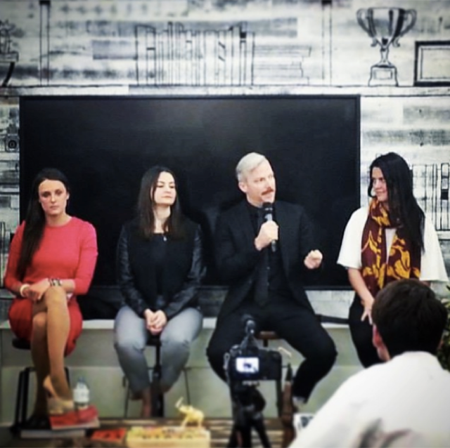 MJ moderating a panel on trafficking and the role of the travel industry with Ben Skinner and the women of US Fund for UNICEF & ECPAT USA for Social Media Week in NY, photo courtesy of MJ Kronfeld