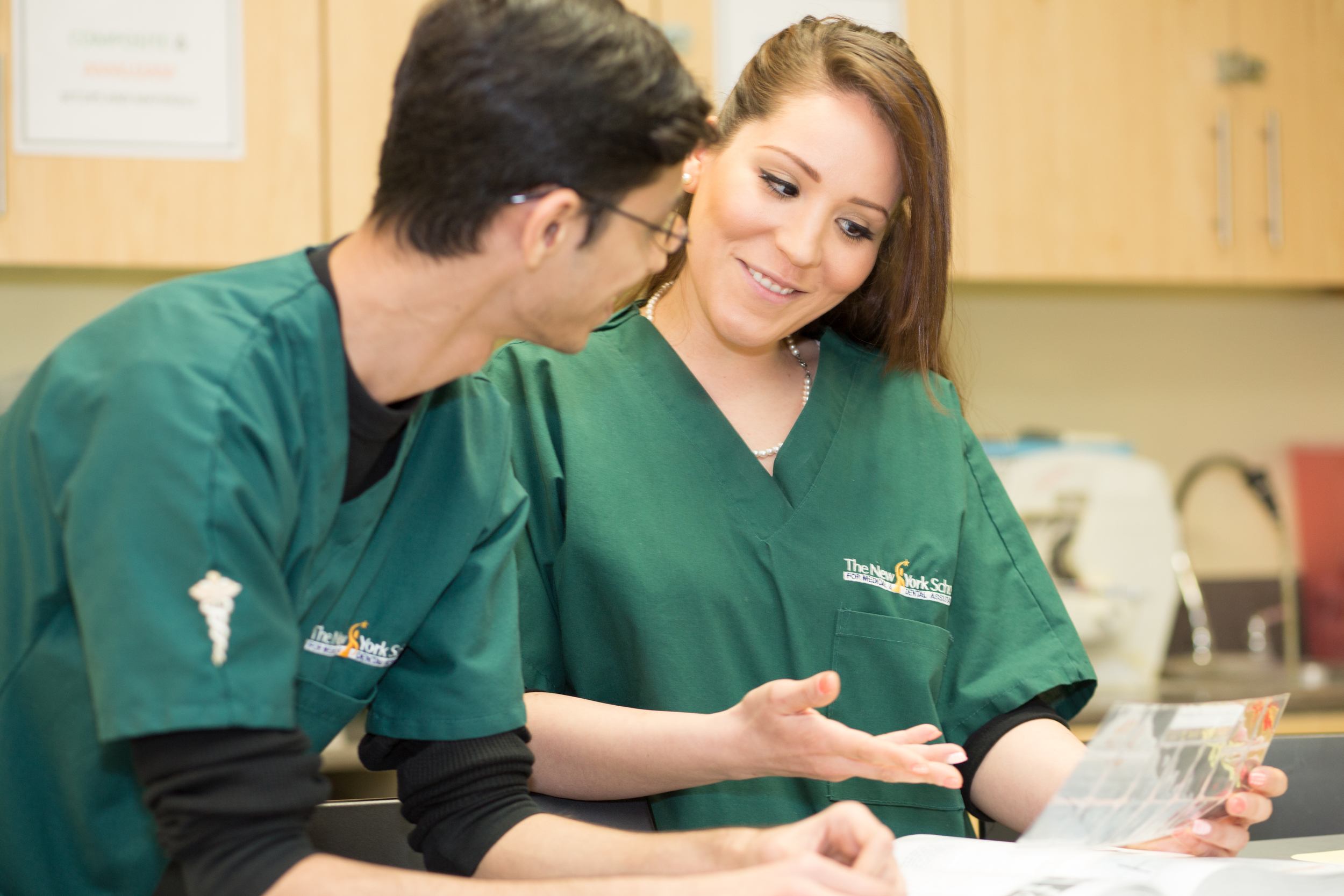 NYSMDA Dental Assistant Students working together