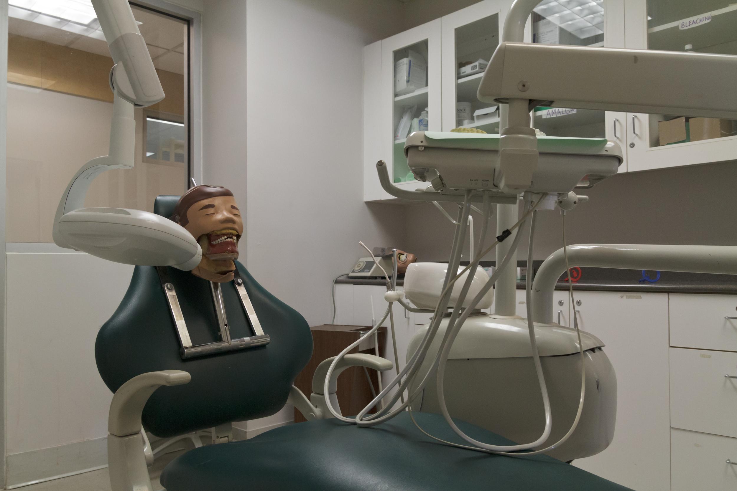 NYSDMA Dental Assistant training room and equipment