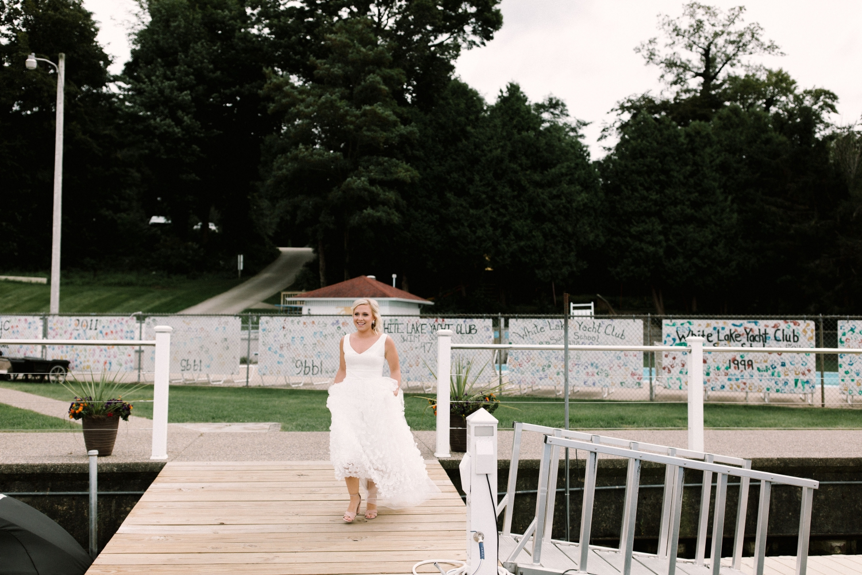 Michigan Frontyard Lake Wedding - Lauren Crawford Photography-176.jpg