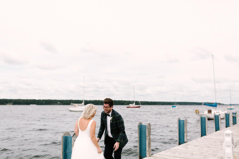 Michigan Frontyard Lake Wedding - Lauren Crawford Photography-184.jpg