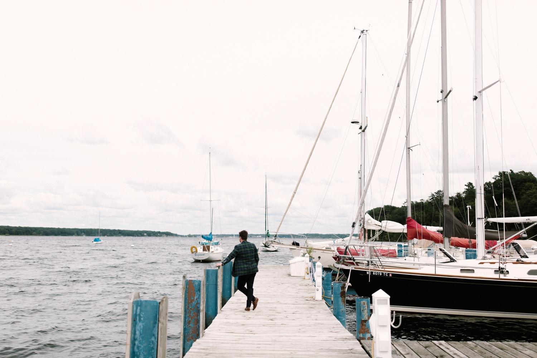 Michigan Frontyard Lake Wedding - Lauren Crawford Photography-180.jpg
