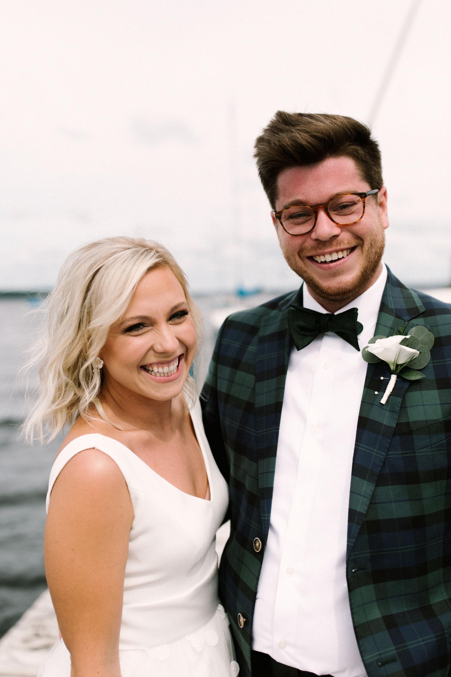 Michigan Frontyard Lake Wedding - Lauren Crawford Photography-214.jpg
