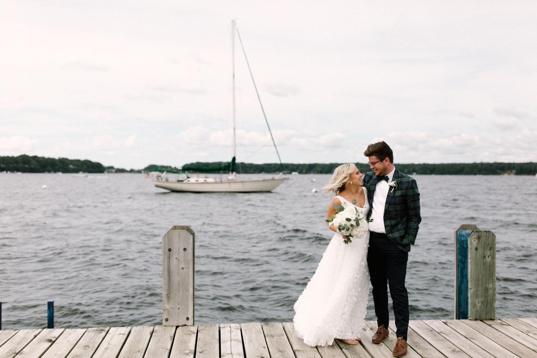 Michigan Frontyard Lake Wedding - Lauren Crawford Photography-257.jpg