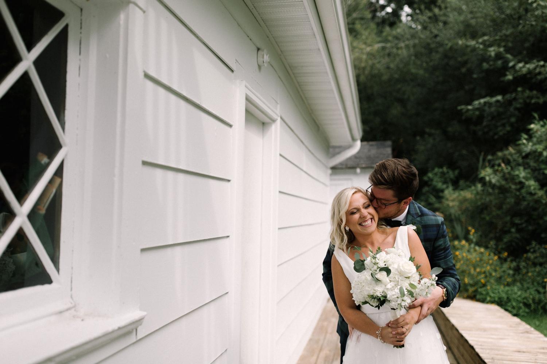 Michigan Frontyard Lake Wedding - Lauren Crawford Photography-302.jpg