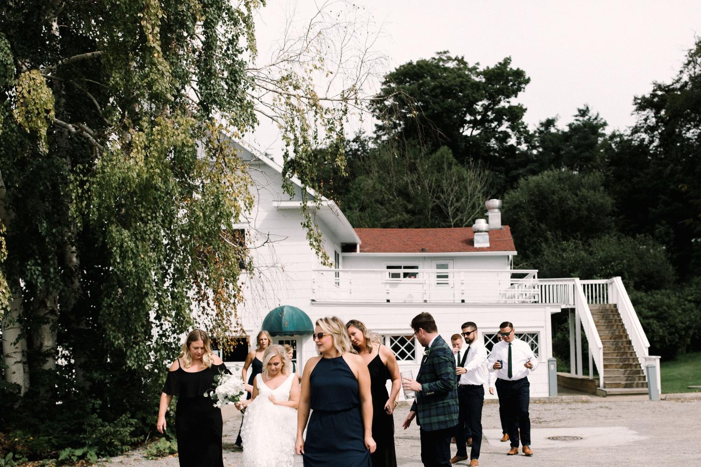 Michigan Frontyard Lake Wedding - Lauren Crawford Photography-348.jpg