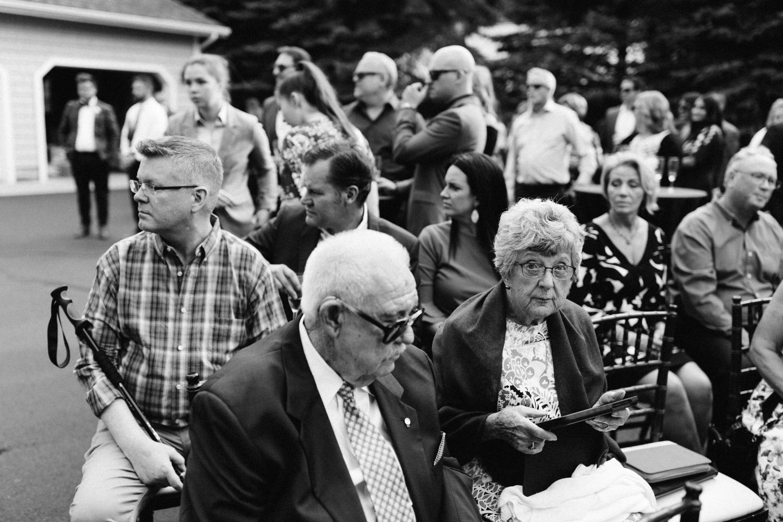 Michigan Frontyard Lake Wedding - Lauren Crawford Photography-554.jpg