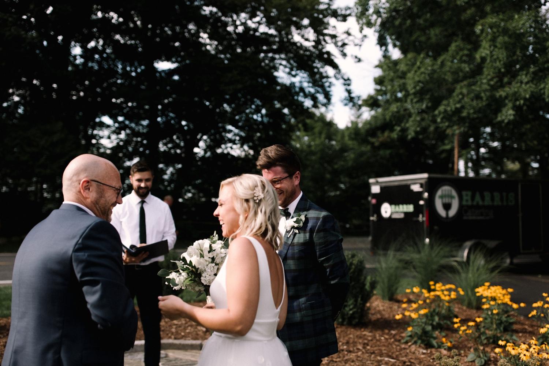 Michigan Frontyard Lake Wedding - Lauren Crawford Photography-565.jpg