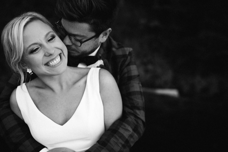 Michigan Frontyard Lake Wedding - Lauren Crawford Photography-804.jpg