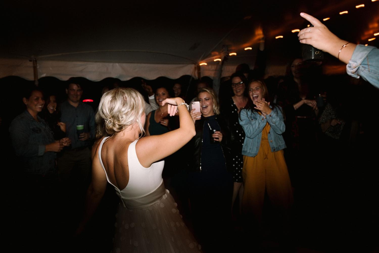 Michigan Frontyard Lake Wedding - Lauren Crawford Photography-846.jpg