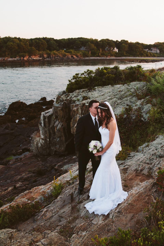 Stage-Neck-Inn-Wedding-Photography-York-Maine-Photography-by-Amanda-Morgan-76.jpg