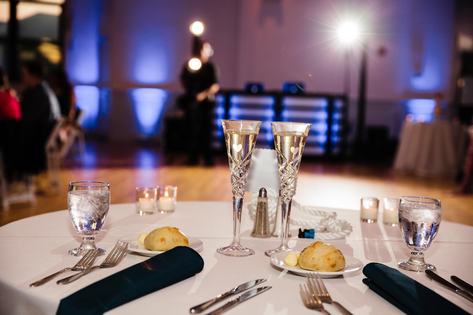 Eastons-Beach-Rotunda-Ballroom-Wedding-Newport-Rhode-Island-PhotographybyAmandaMorgan-98.jpg