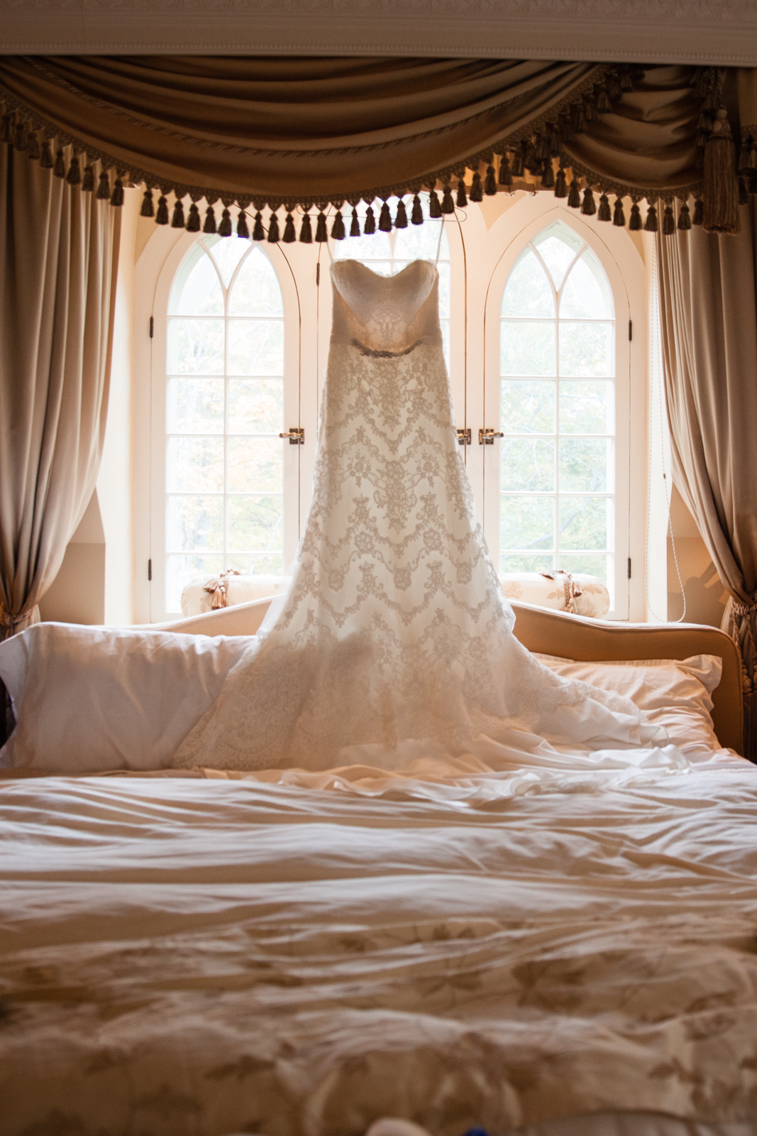 Glimmerstone-Mansion-Vermont-Wedding-Photography-Amanda-Morgan-8.jpg