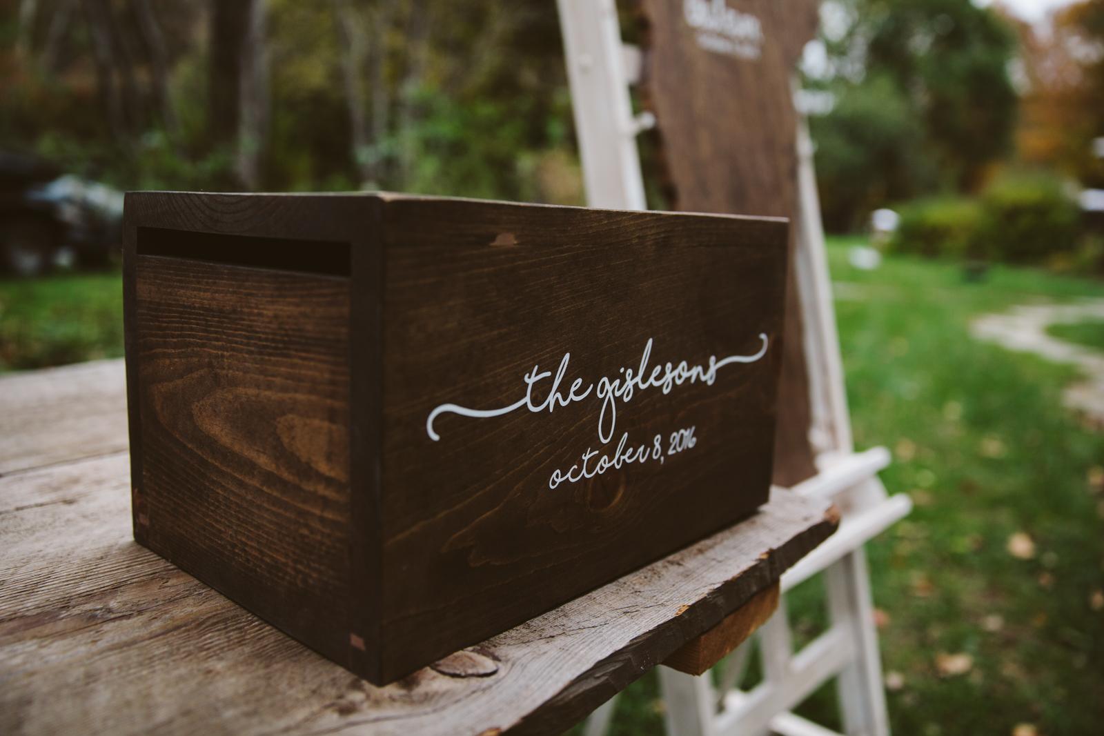 Glimmerstone-Mansion-Vermont-Wedding-Photography-Amanda-Morgan-41.jpg