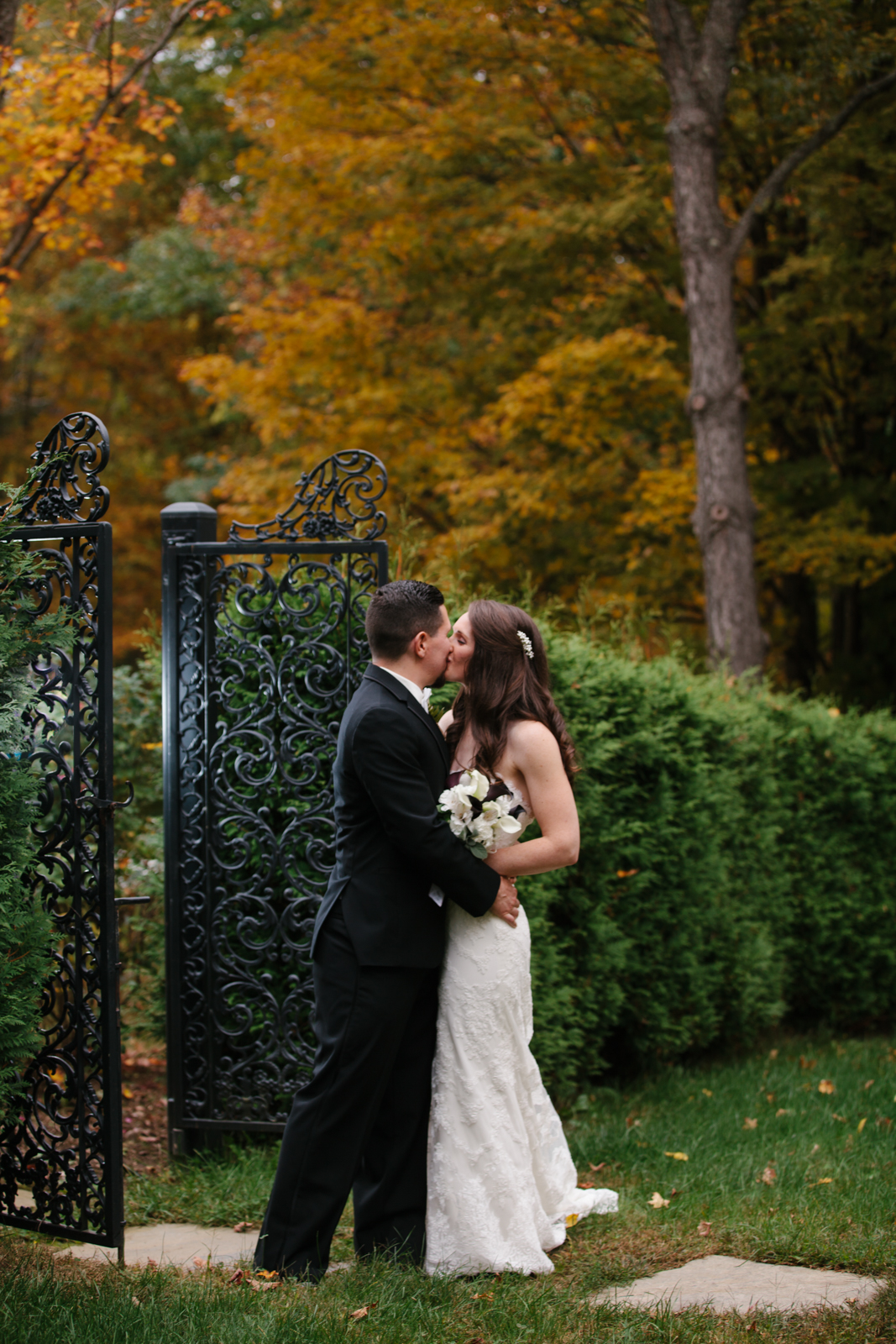 Glimmerstone-Mansion-Vermont-Wedding-Photography-Amanda-Morgan-82.jpg