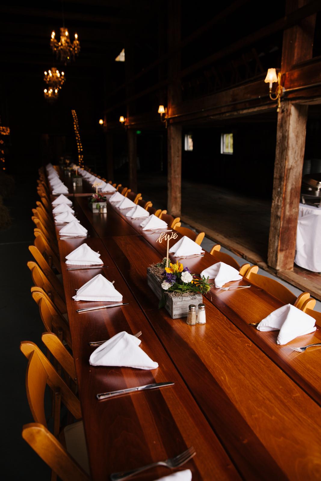 Glimmerstone-Mansion-Vermont-Wedding-Photography-Amanda-Morgan-113.jpg