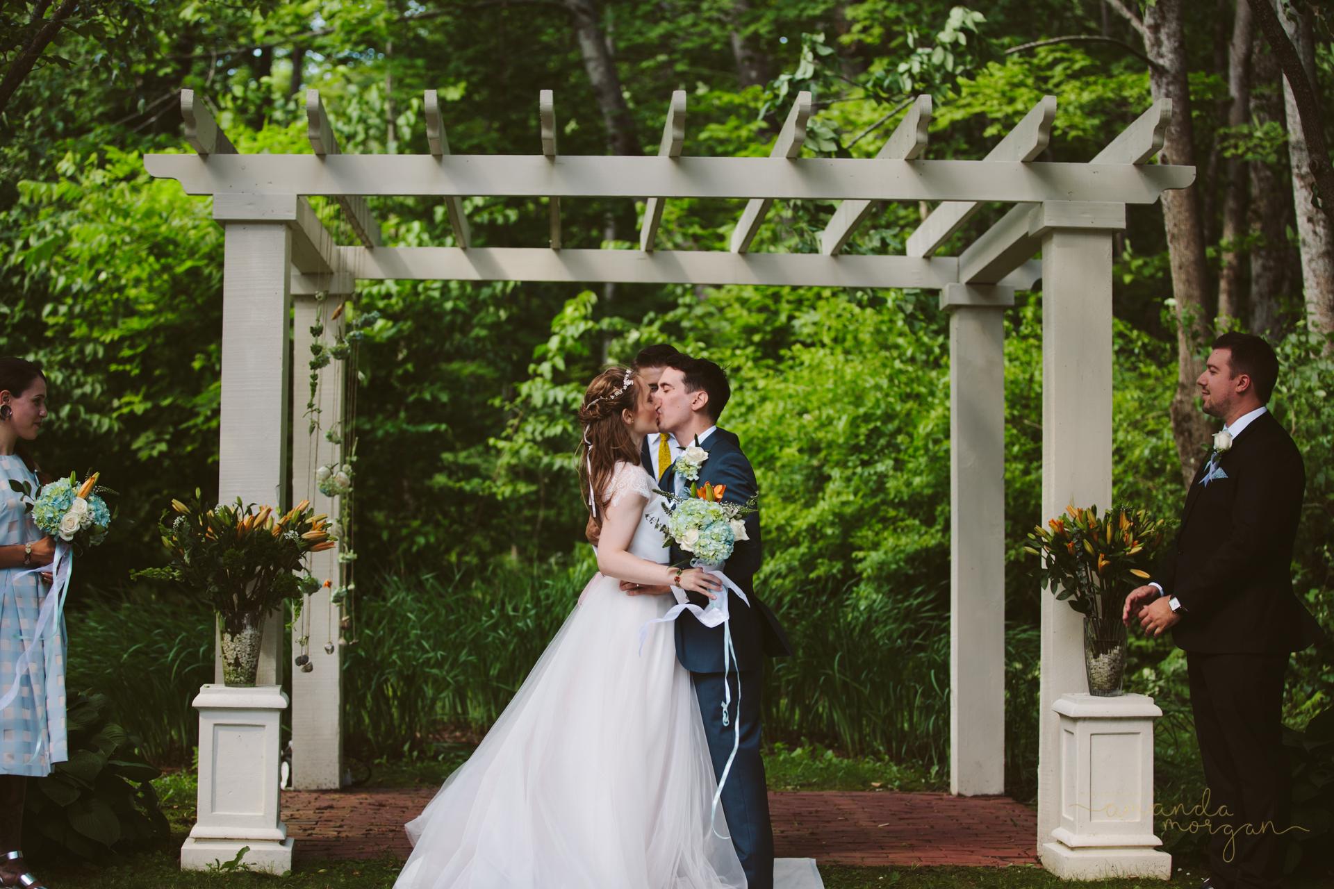 Glimmerstone-Mansion-Vermont-Wedding-Amanda-Morgan-31.jpg