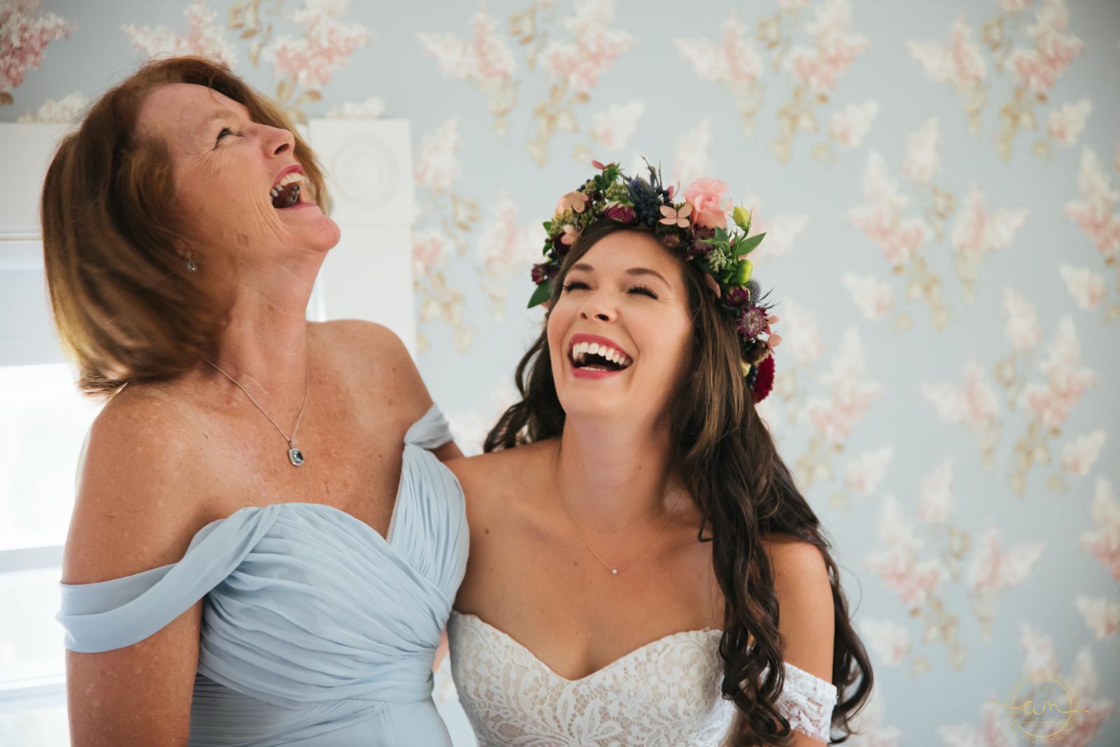Narragansett-RI-Beach-Wedding-Amanda-Morgan-10.jpg