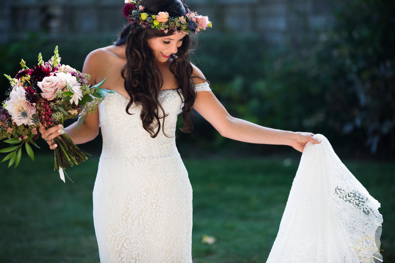 Narragansett-RI-Beach-Wedding-Amanda-Morgan-11.jpg