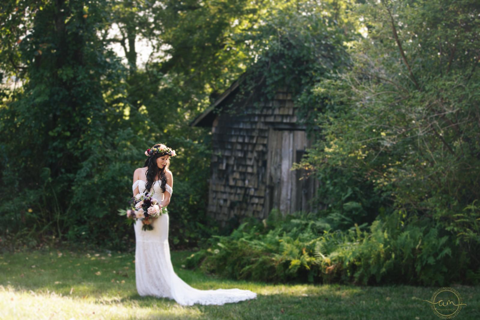 Narragansett-RI-Beach-Wedding-Amanda-Morgan-12.jpg
