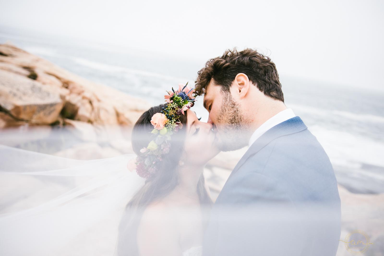 Narragansett-RI-Beach-Wedding-Amanda-Morgan-33.jpg