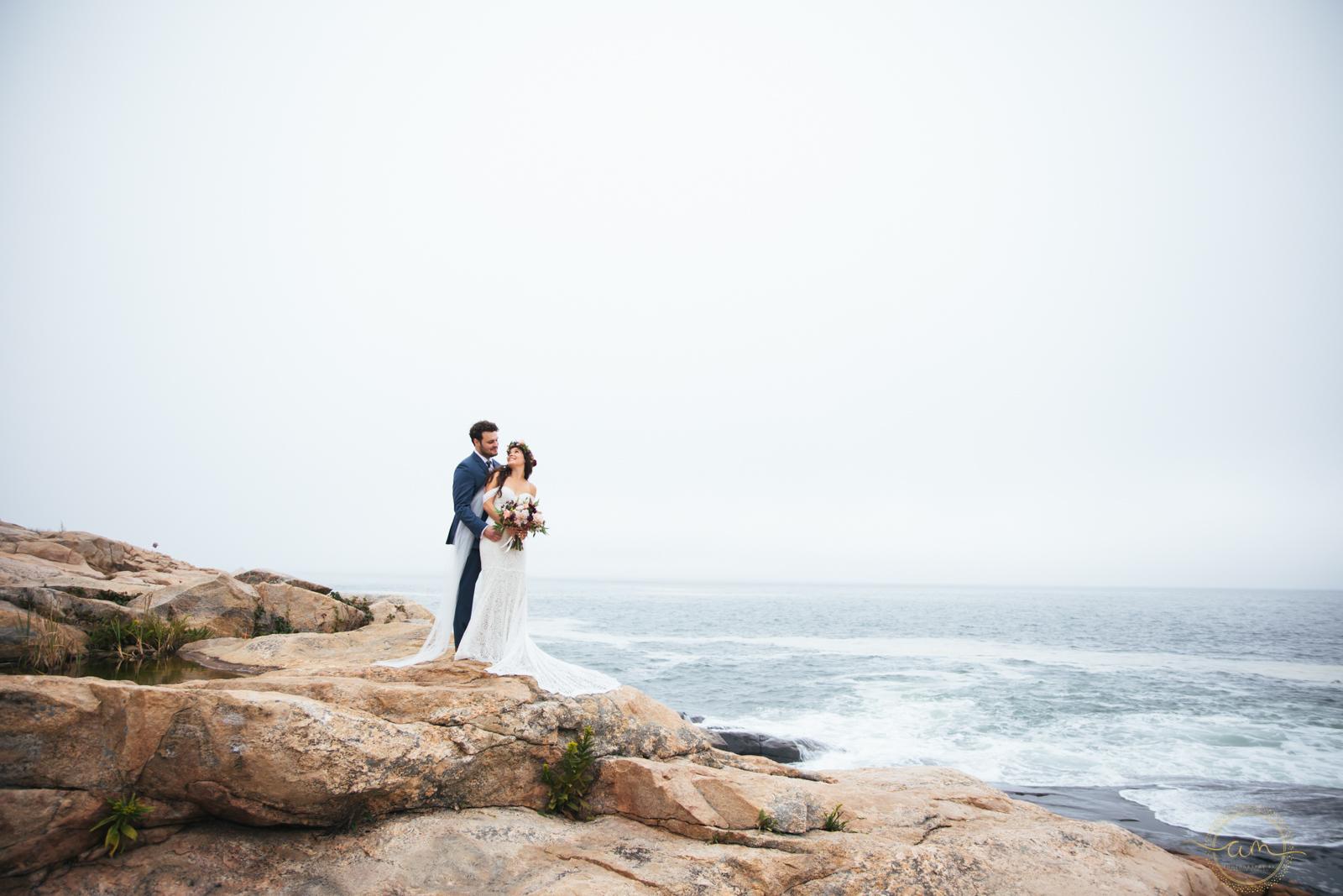 Narragansett-RI-Beach-Wedding-Amanda-Morgan-32.jpg