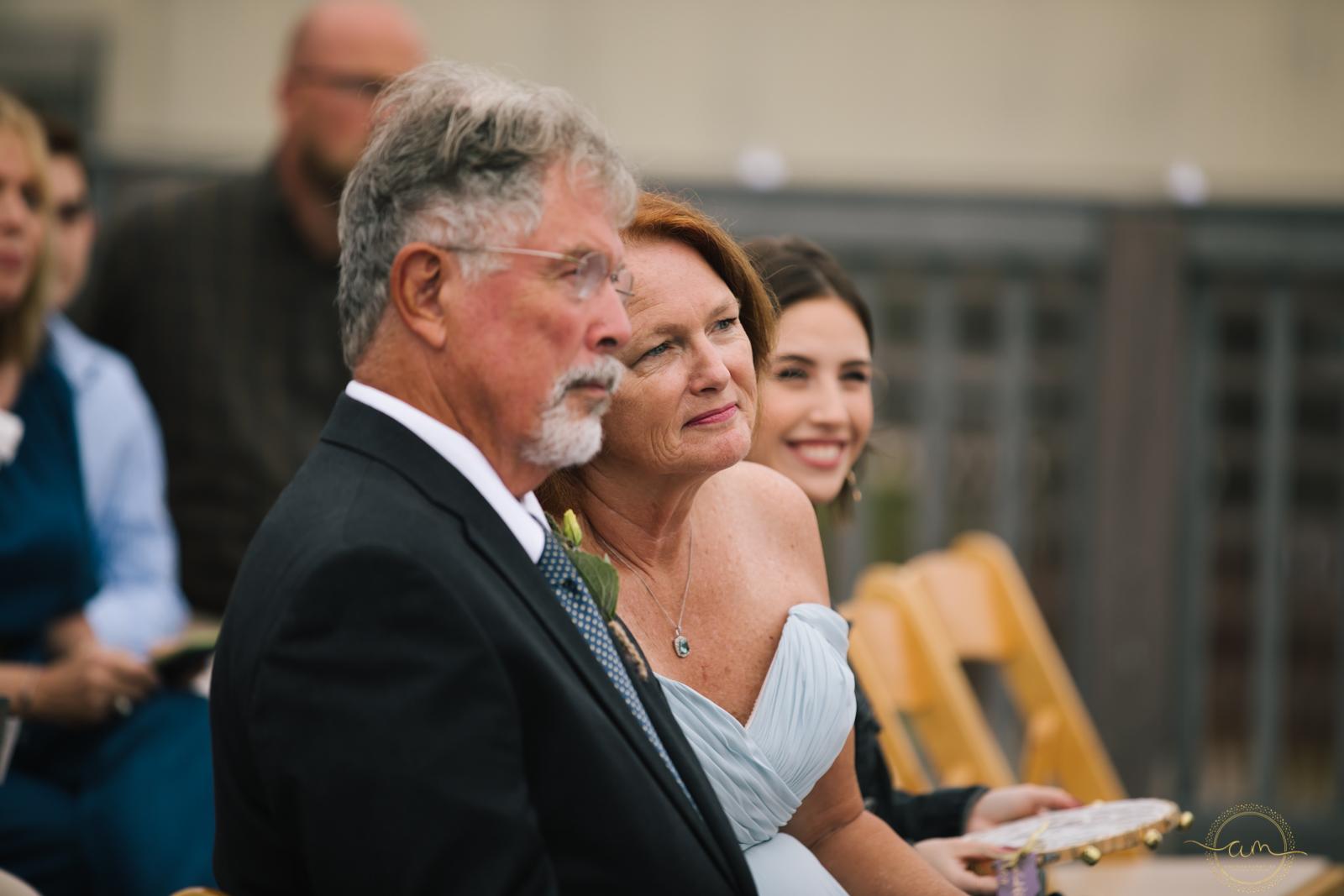Narragansett-RI-Beach-Wedding-Amanda-Morgan-47.jpg
