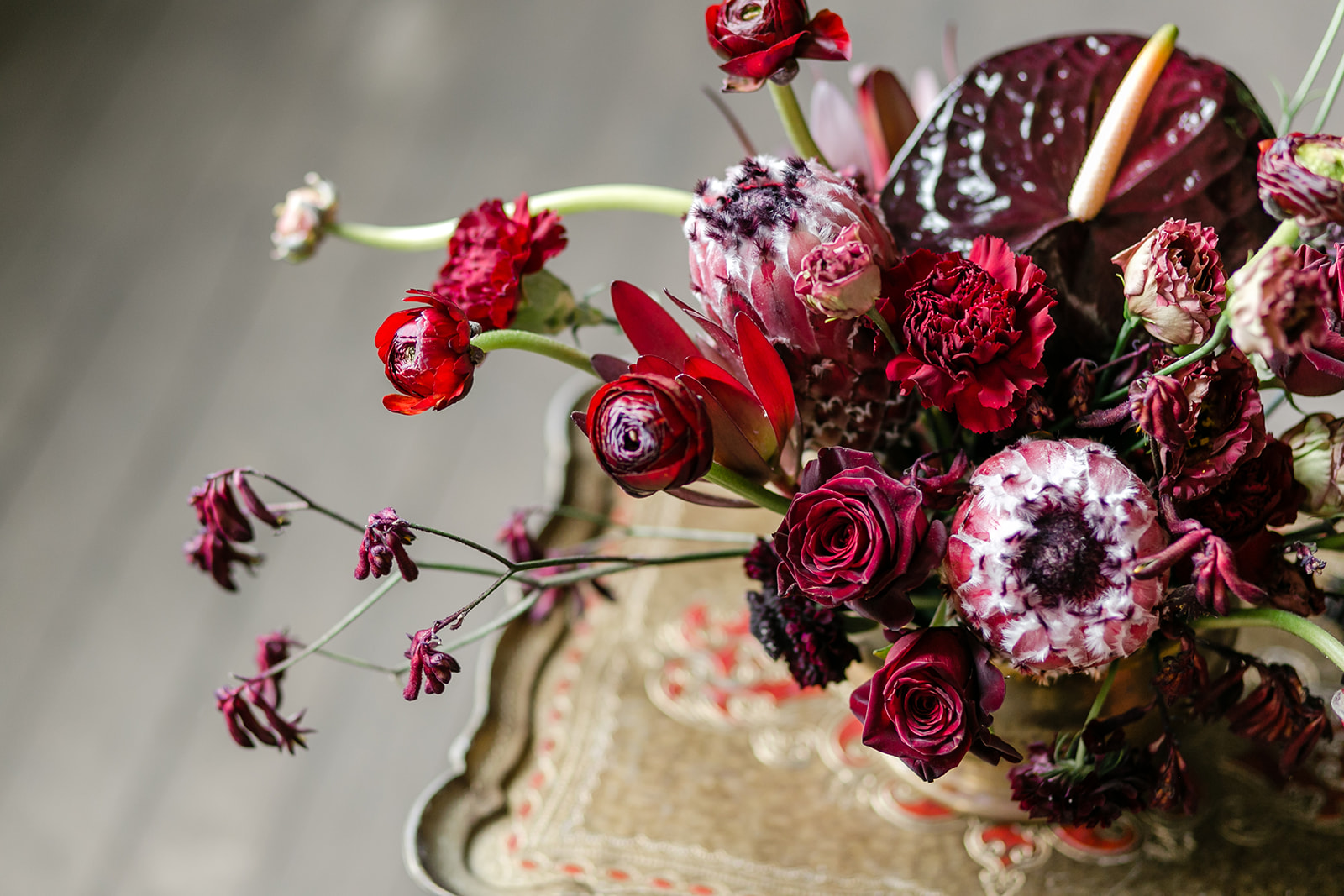 A Dark And Romantic Valentine S Day Wedding Pollen And Pastry