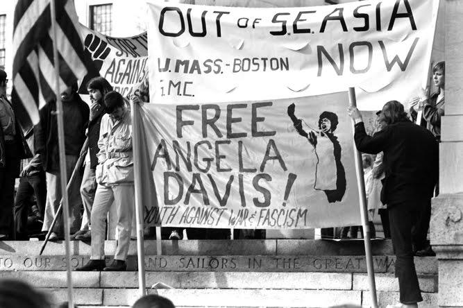20130903003143-Boston_1970_protest_against_the_Vietnam_War.jpg