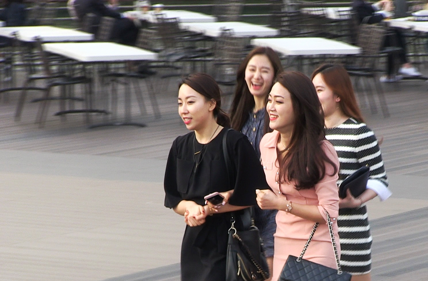 New generation girls at Busan's waterfront
