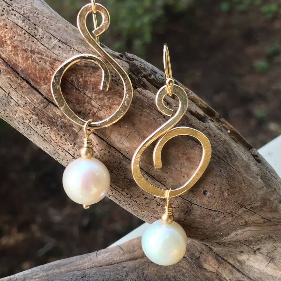 Pages Jewelry & Art