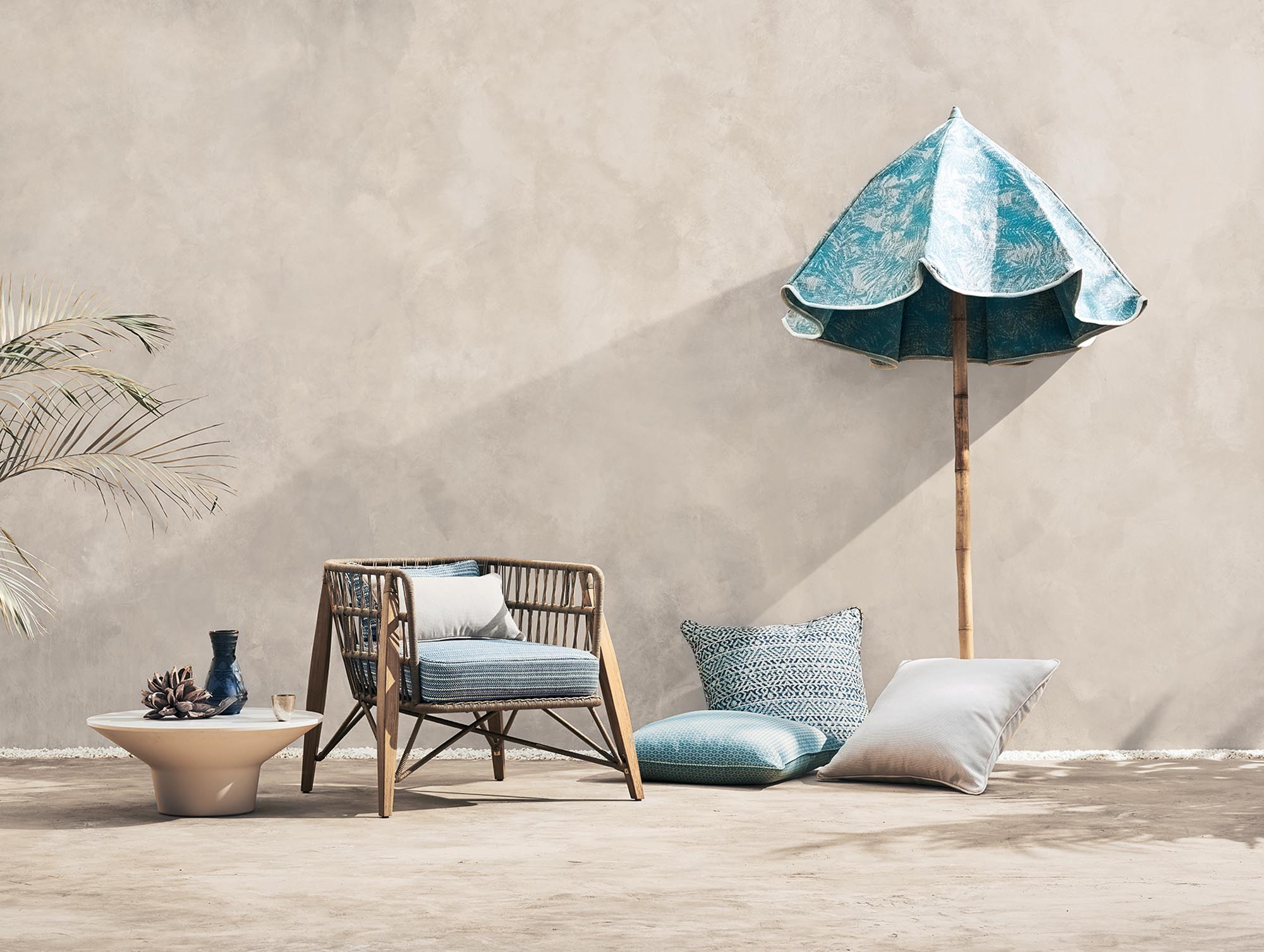 1. ADDED Romo_Outdoor_Shot 31_Chair_&_Parasol_Main_803b_HR.jpg