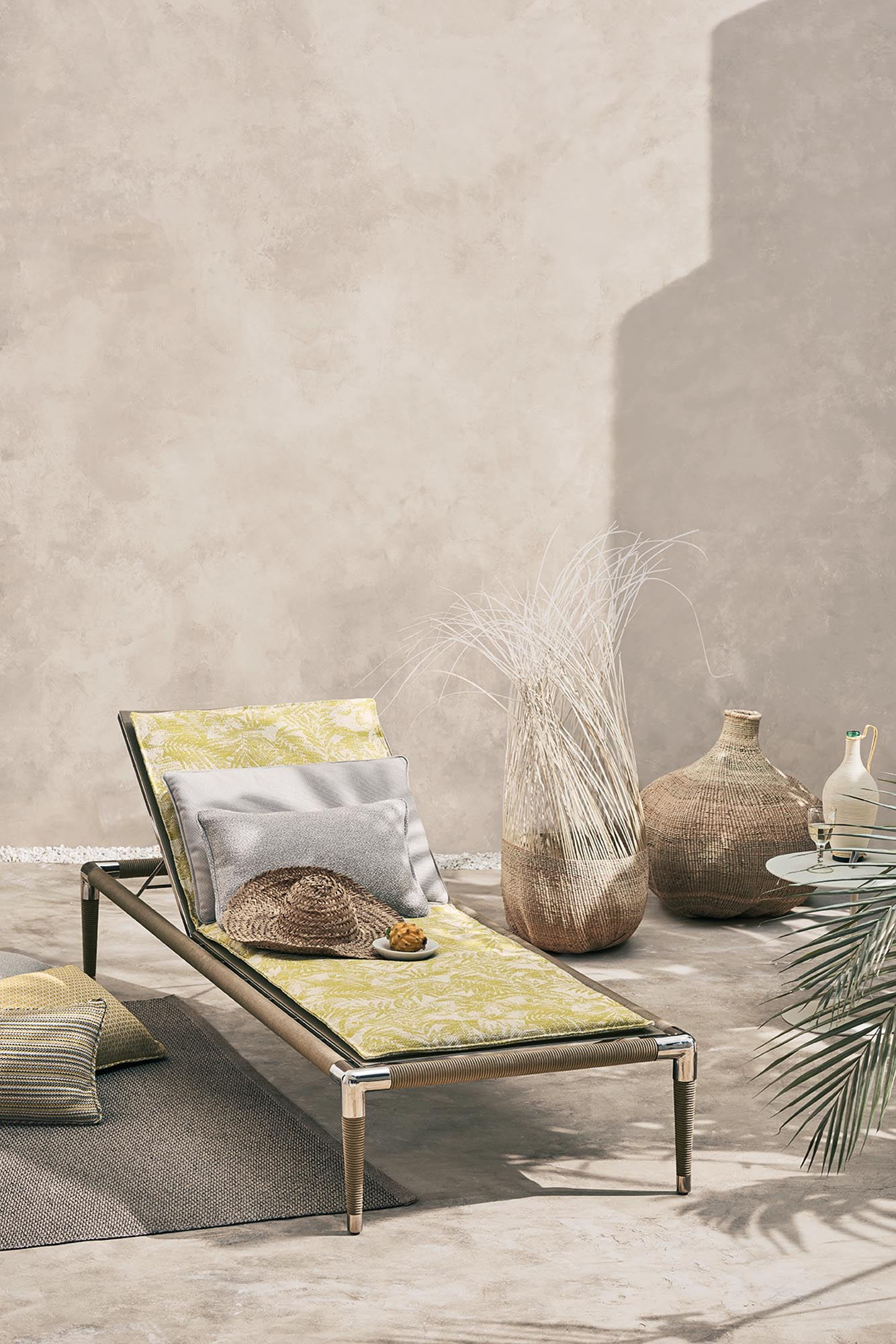 5. ADDED Romo_Outdoor_Shot 34_Lounger_Main_1059_HR.jpg