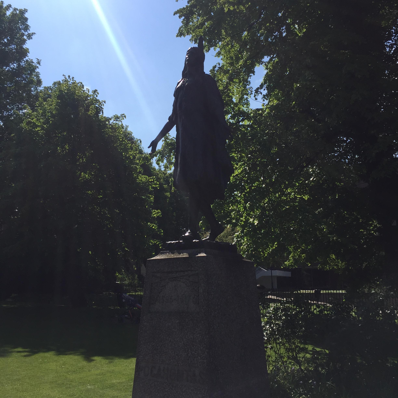 Pocahontas statue, Gravesend