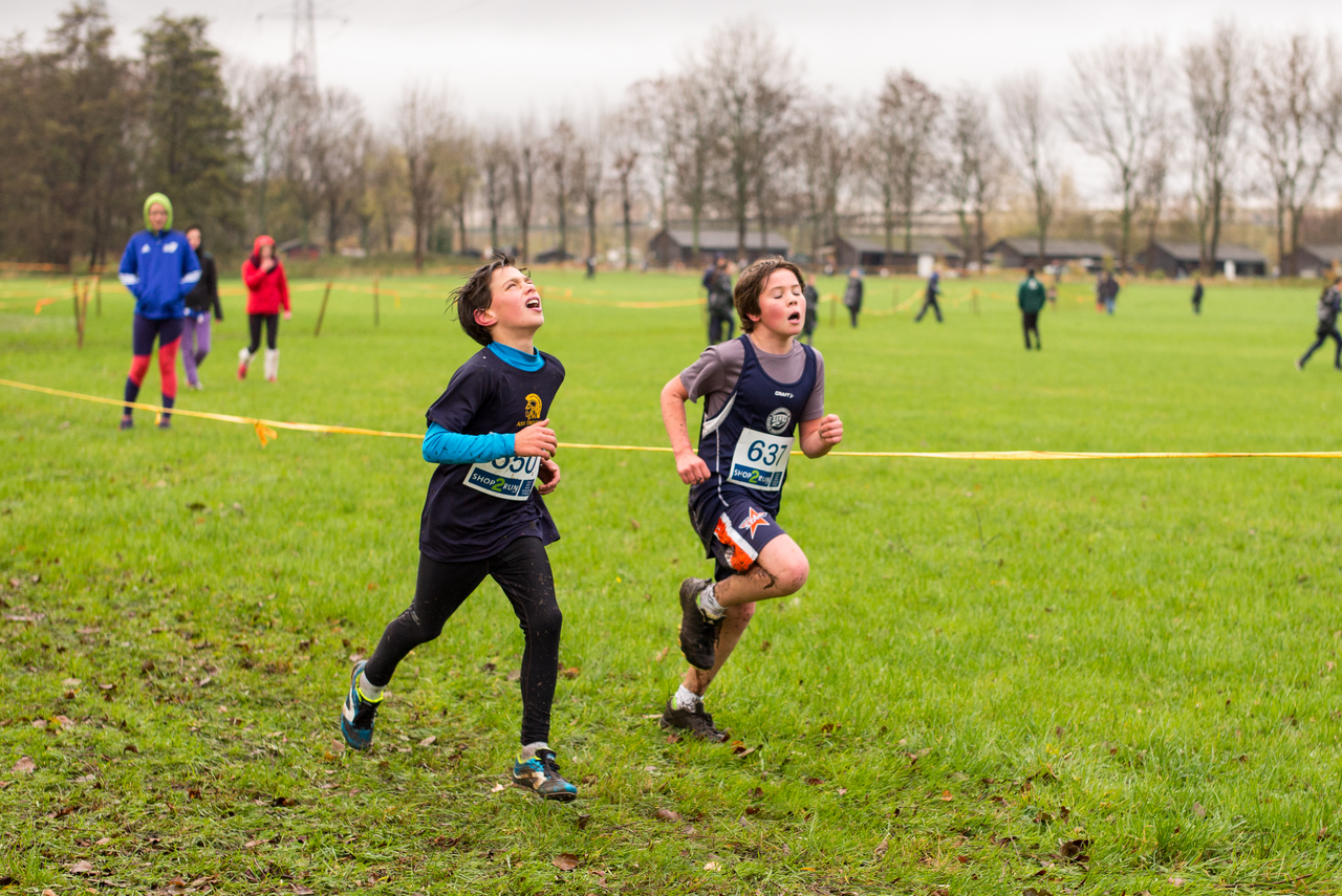 soccer-player-sports-physical-exercise-human-action-cross-country-running-441164-pxhere.com (1).jpg