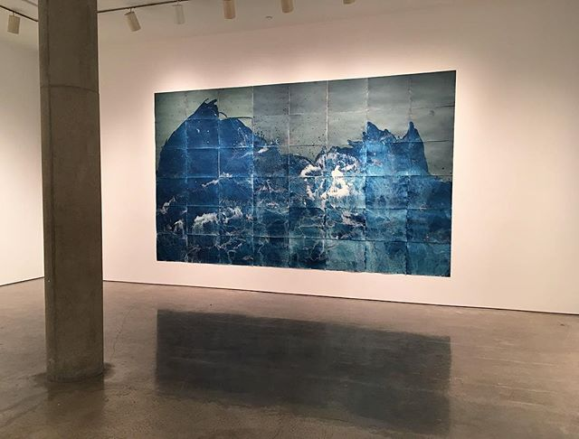 Got to see @meghannriepenhoff 's show Littoral Drift at @yossimilo was completely blown away! I love seeing people do incredible things with cyanotypes. #meghannriepenhoff #littoraldrift #yossimilo #yossimilogallery #artinspiration #altprocess #alternativeprocess #prussianblue #artgallery #nyc #blue #cyanotype